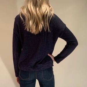 LAUREN JEANS CO BLUE COWL NECK SWEATSHIRT, SIZE M